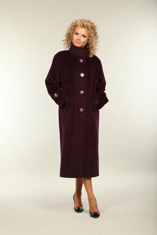 Выбираем пальто с воротником стойка