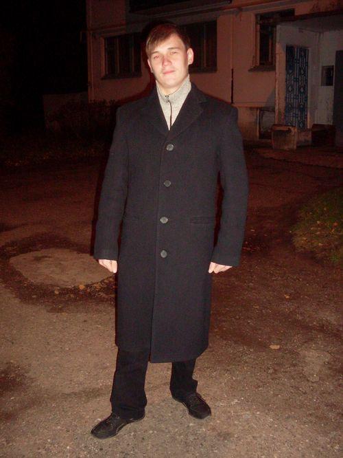 muzhskoe_drapovoe_palto_10