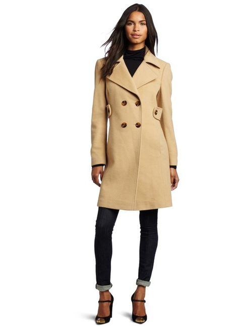 Выбираем пальто бежевого цвета