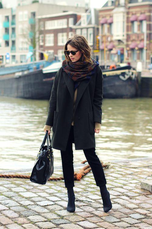 elegantnyj_sharf_k_chernomu_palto_3