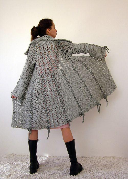Выбираем вязанное пальто
